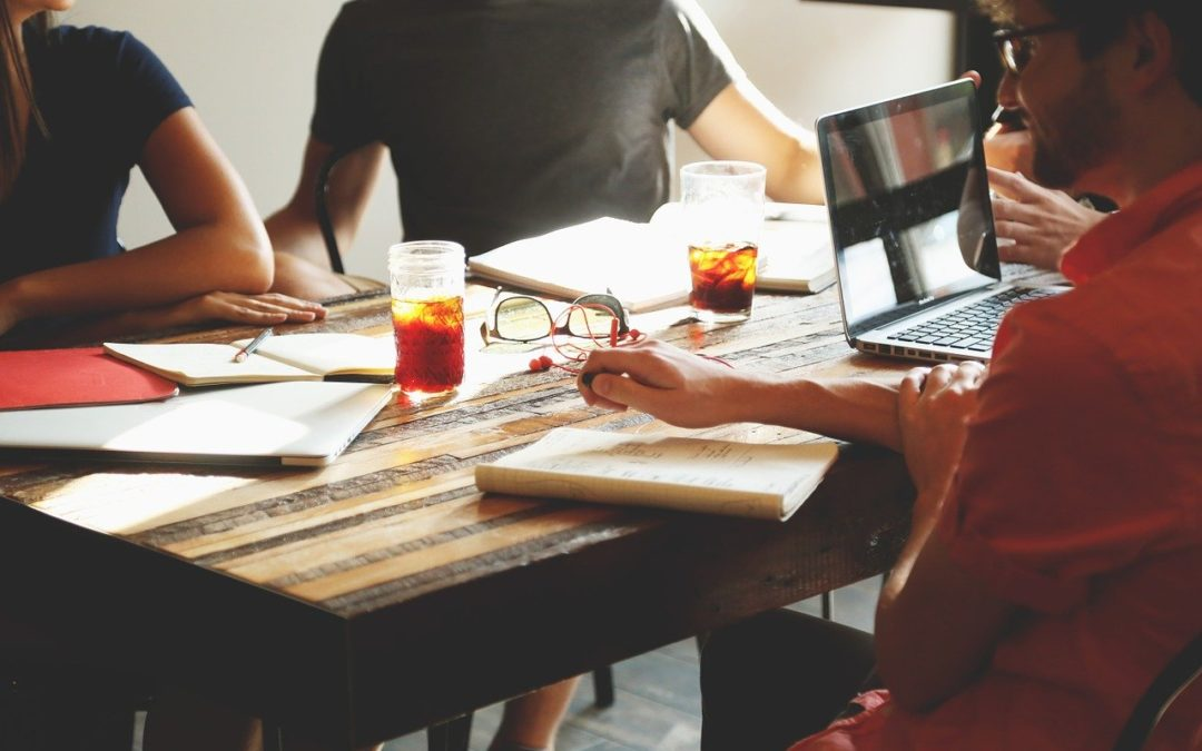 Keeping Your Staff Happy In The Workplace: How You Can Seamlessly Do It