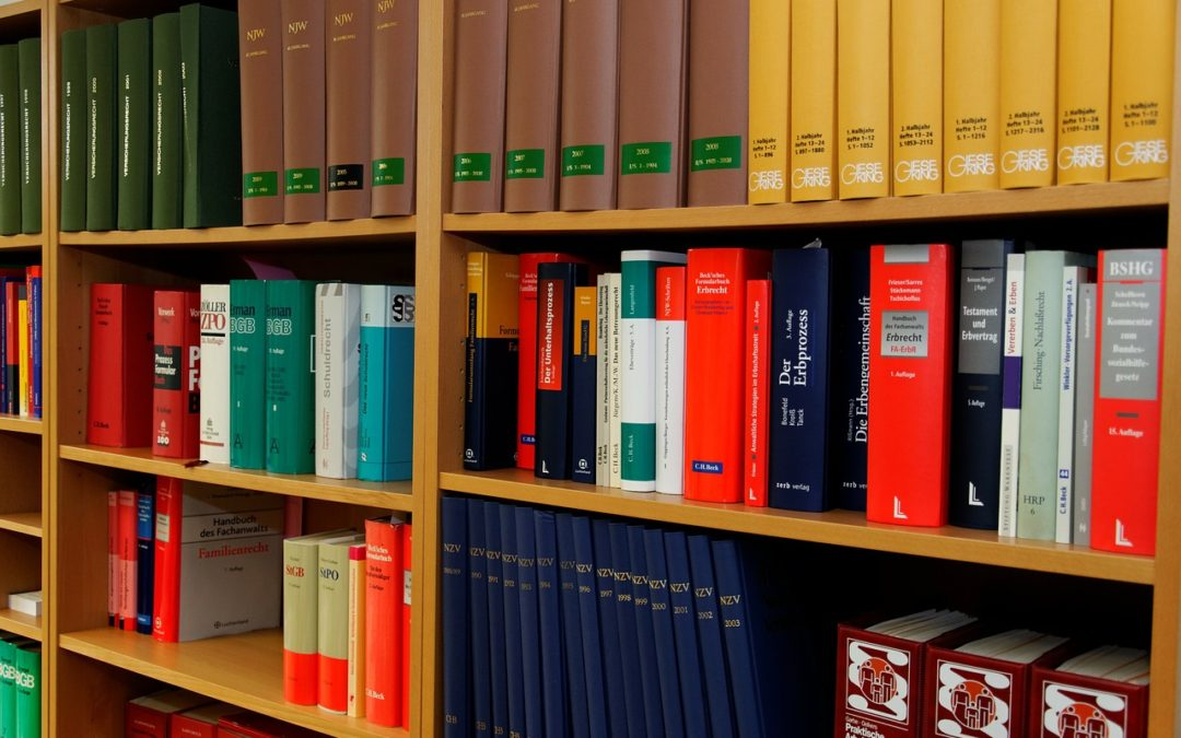 Considering Becoming An Attorney? Top Reasons To Do it